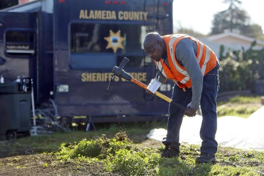 Pac Rucker works at Dig Deep Farms' urban farm. Photo: Scott Strazzante, The Chronicle