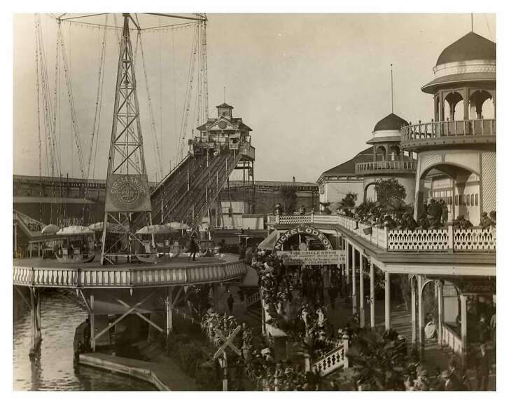 The Chutes.  Credit: Courtesy of the San Francisco History Center, San Francisco Public Library