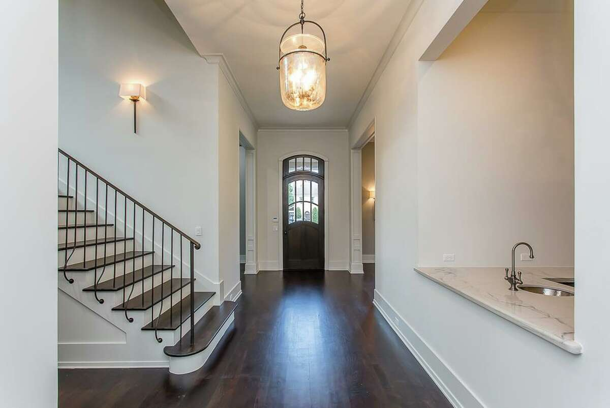 10: 3725 Del Monte List price: $5.4 million Sold range: $5.1 million to $5.6 million Square feet: 7,619