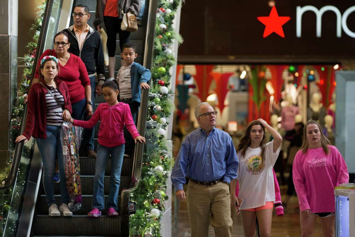 Retail sales in Texas improved in December, another indication that consumers are spending more freely this holiday season.