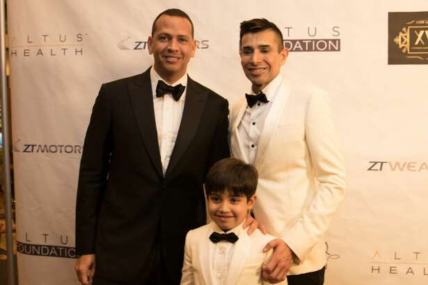 ZT Wealth and Altus Health hosted a star-studded gala to benefit the  Altus Foundation   Saturday, December 17, 2016 at 6 pm at Hilton Americas . The event raised $675,000.