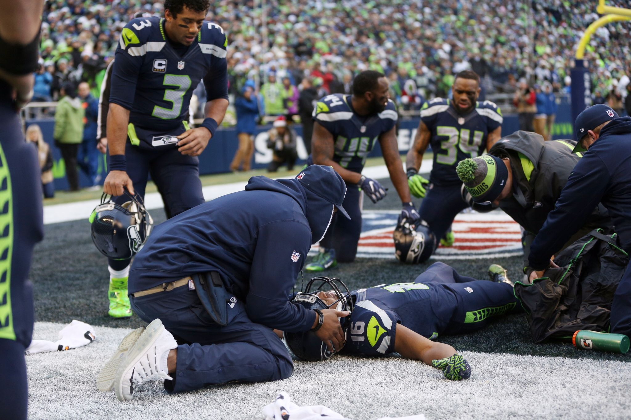 ae8c9a842 ... Limited Rush Fashion Jersey Seahawks Tyler Lockett out for season with  gruesome leg injury - seattlepi.com .
