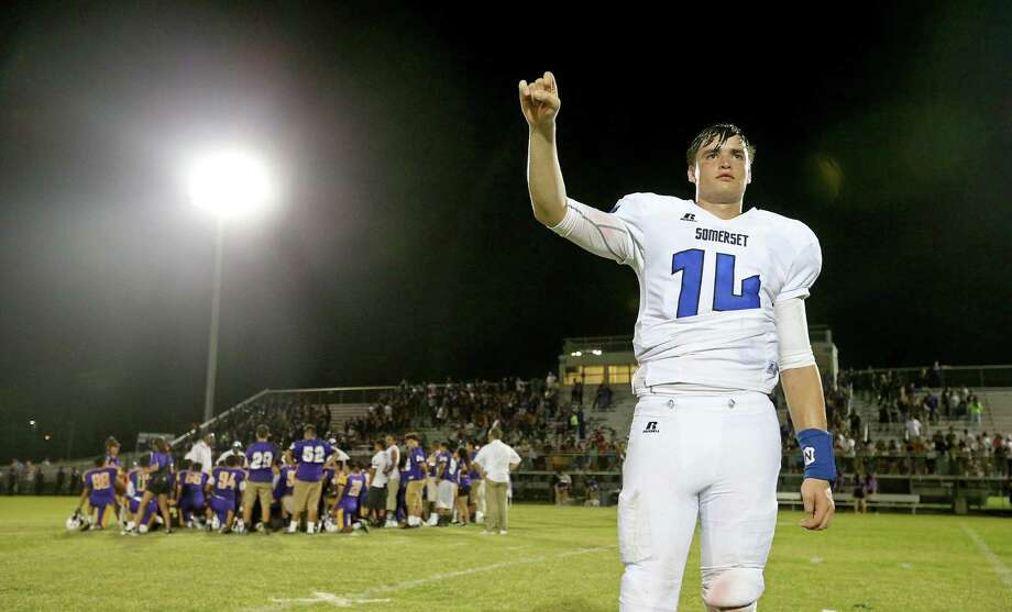 Somerset quarterback Zadock Dinkelmann, named the 2016 Express-News Newcomer of the Year, stands during the school song after the game with Brackenridge on Aug. 26, 2016 at the SAISD Complex. Photo: Edward A. Ornelas /San Antonio Express-News / © 2016 San Antonio Express-News