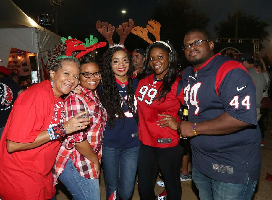 People pose for a photo before an NFL game between the Houston Texans and the Cincinnati Bengals, at NRG Stadium, Saturday, Dec. 24, 2016, in Houston. ( Jon Shapley / Houston Chronicle ) Photo: Jon Shapley/Houston Chronicle