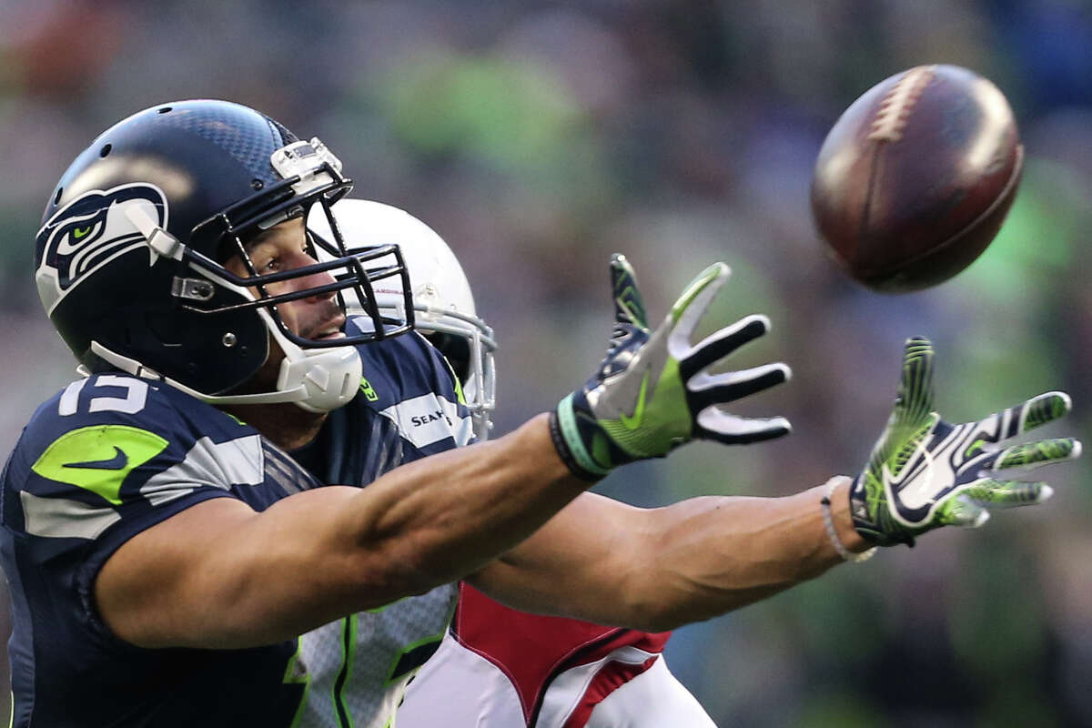 Seahawks wide receiver Jermaine Kearse misses a pass in the red zone during the second half against the Cardinals at CenturyLink Field on Saturday, Dec. 24, 2016. (GRANT HINDSLEY, seattlepi.com)