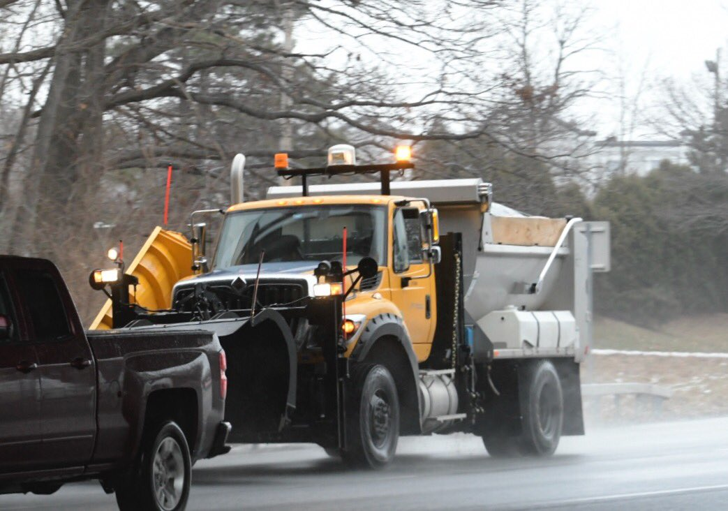 Car accidents snarl traffic as freezing rains arrive in ...