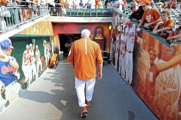 Texas head coach Augie Garrido leaves the field after the game with Baylor May 21, 2016 at UFCU Disch-Falk Field in Austin, Tx. Texas won 7-6.