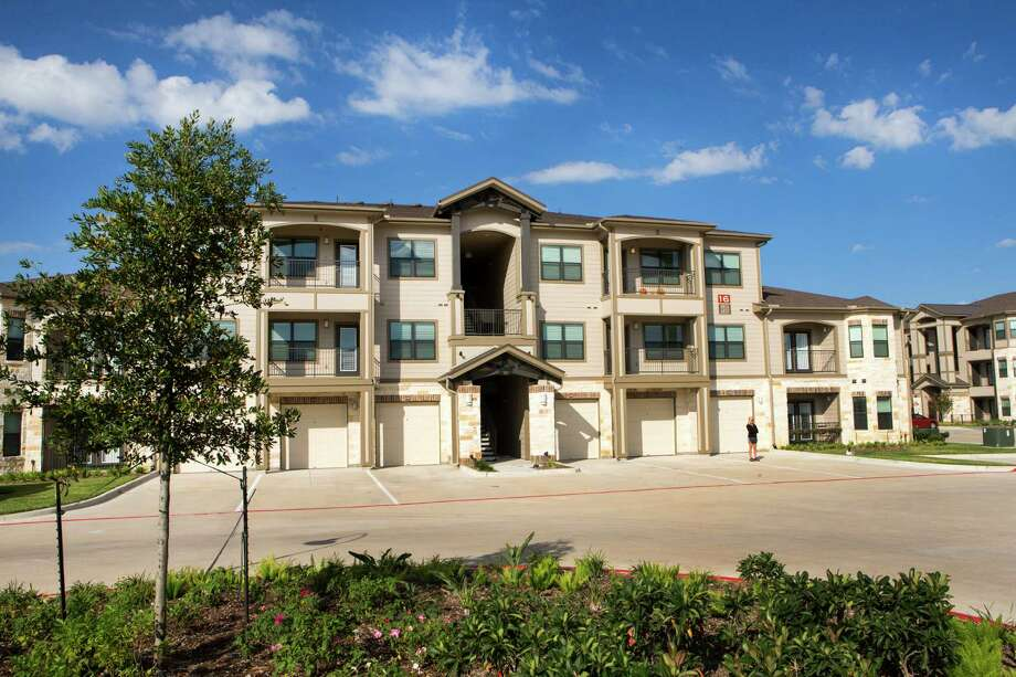 The Alexan Creekside apartments are shown on Thursday, Oct. 30, 2014, in Tomball. ( Brett Coomer / Houston Chronicle ) Photo: Brett Coomer, Staff / © 2014 Houston Chronicle