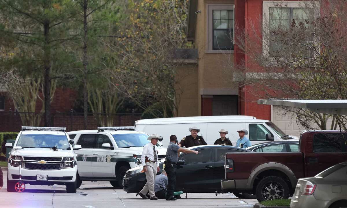 Brazoria County deputies investigate a homicide in the 2400 block of County Road 90, Tuesday, Dec. 27, 2016, in Pearland.