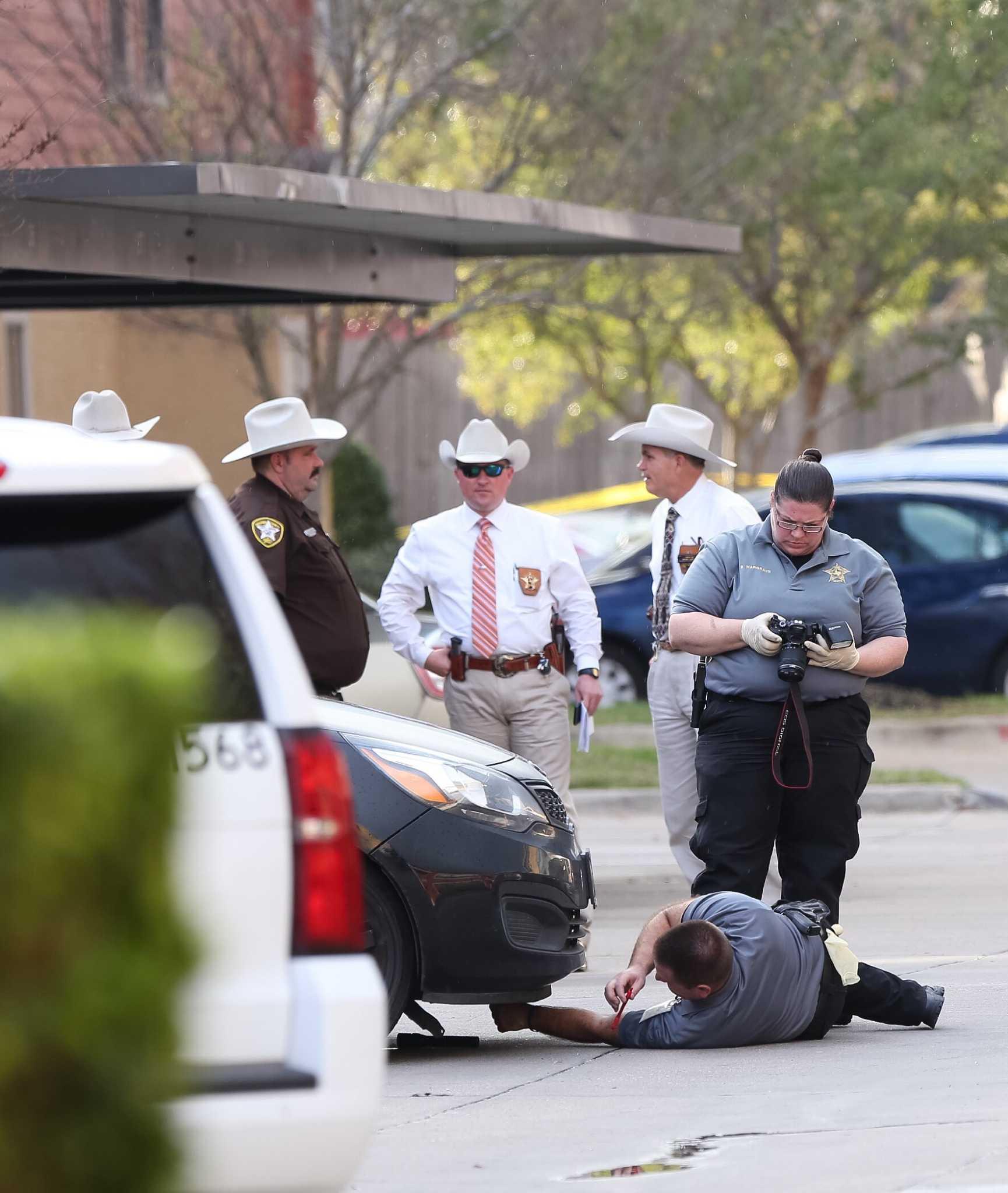 Man Killed In Harlesden Church Road Street Shooting: Brazoria Deputies Kill Woman Who Pointed Gun During A