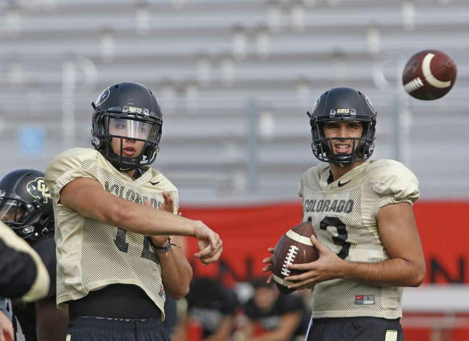 CU QBs Sefo Liafu,right  and Steven Montez at practice at Incarnate Word College on 12.26.2016. Photo: Ron Cortes, Freelance / For The San Antonio Express-News / Ronald Cortes / Freelance