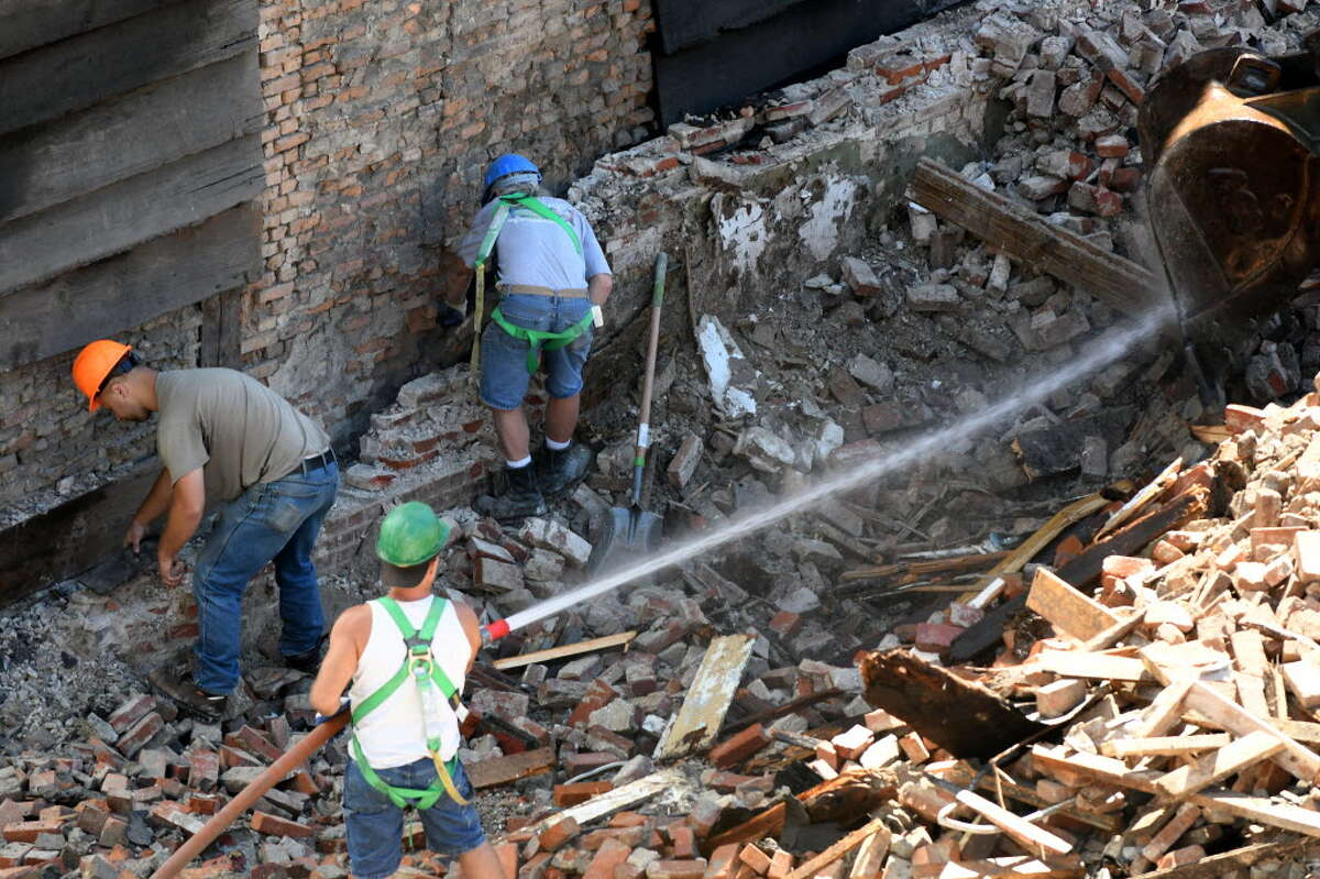 Work continues to preserve the structure at 48 Hudson Ave., Albany's oldest building, on Monday, Aug. 22, 2016, in Albany, N.Y. Fifty Hudson was demolished last week after a structural crack was spotted on the building. (Will Waldron/Times Union)
