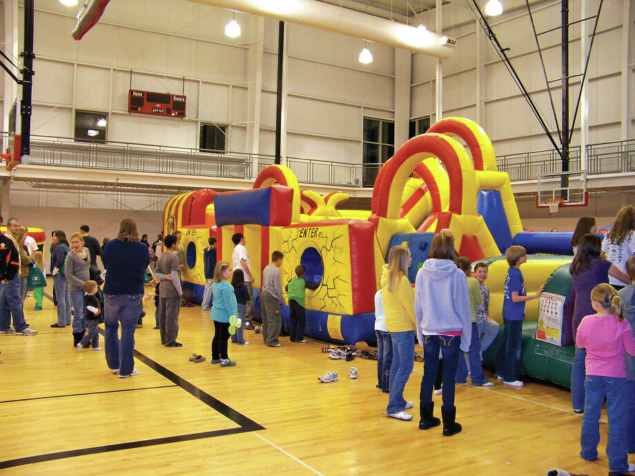 The Fellowship of Christian Athletes and the Alliance for Substance Abuse Prevention have partnered to bring the community the 14th Annual Glen-Ed Last Night Celebration.  It will be held Dec. 31 from 6 p.m. to 10  p.m. at the YMCA Meyer Center. The event will feature inflatables, games, music, food and beverage, and a live DJ. There will be balloon artists, rock wall climbing, free skating, bingo, and much more. Admission is $5 per person. Photo: Carol Arnett • Intelligencer