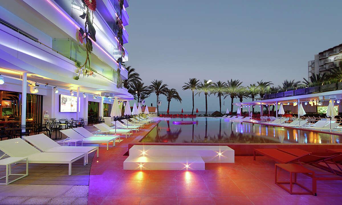 9. Ushuaïa Ibiza Beach Hotel