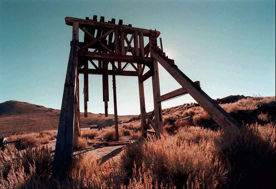 A head frame sits atop a mine shaft in the gold-mining ghost town of Bodie, Calif. An earthquake swarm Dec. 28, 2016, forced the closure of the historic state park while rangers check buildings for damage. Photo: K.M. CANNON, AP
