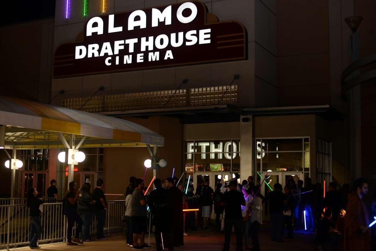 Alamo Drafthouse: 618 Loop 410 N.W. Date: 02/06/2017