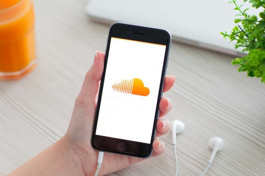 SoundCloud, the popular but financially strapped digital music service, is getting a lifeline from new investors who have agreed to pump $170 million into the company. Photo: Prykhodov | Getty Images