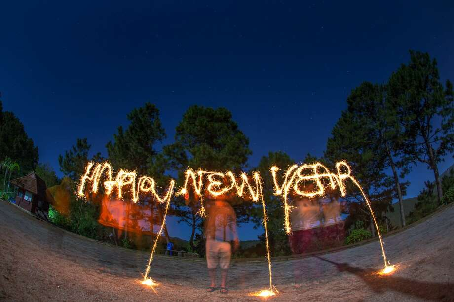 HAPPY NEW YEAR!:Some very achievable resolutions for Houston for 2017We came up with some totally doable resolutions for Houstonians in 2017. We promise they don't involve not eating tacos.Click through to step into the future... Photo: Arthit Somsakul/Getty Images