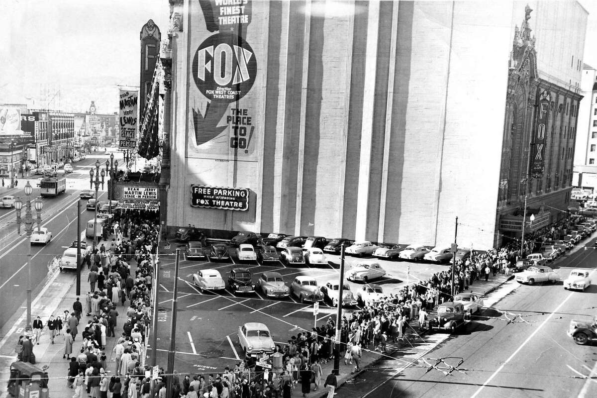People line up at the Fox Theatre on Market Street in San Francisco in 1952.