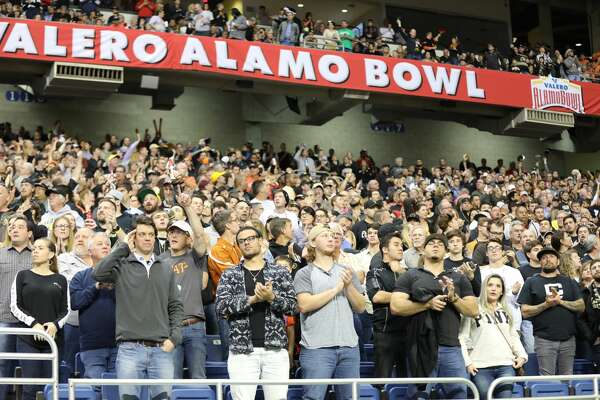 Oklahoma State and Colorado went head-to-head in the Valero Alamo Bowl at the Alamodome on Thursday, Dec. 29, 2016. While fans from all over cheered their hearts out, Oklahoma State pulled away with the win.