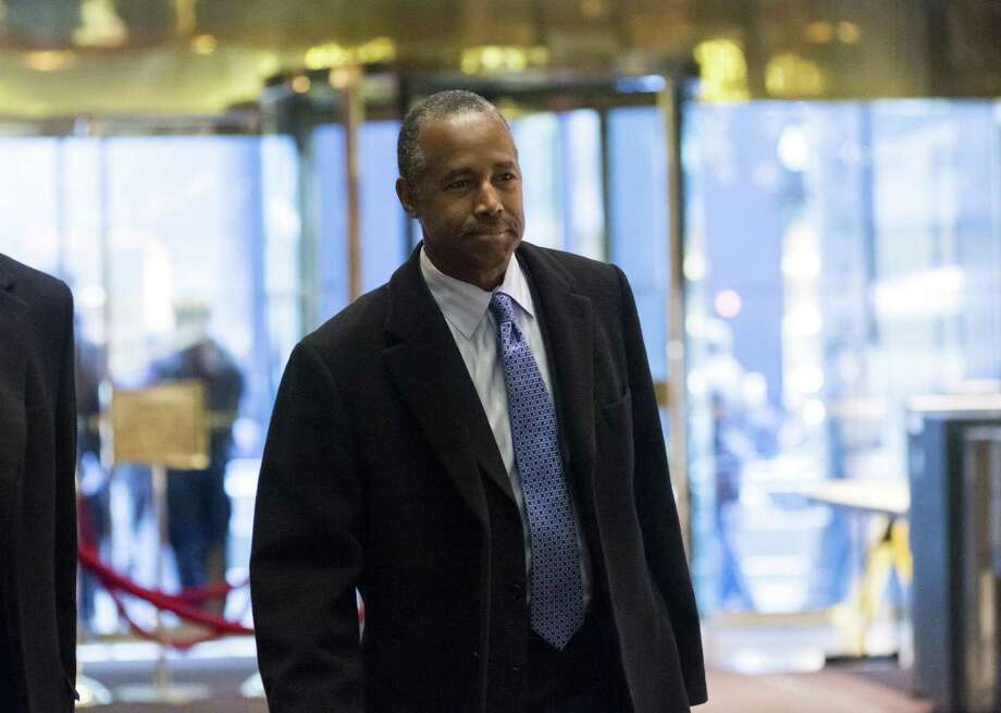 Ben Carson arrives in the lobby of Trump Tower in New York. A reader defends Carson against critics who say President-elect Donald Trump chose the wrong man to be secretary of Housing and Urban Development. Photo: Albin Lohr-Jones /Bloomberg / © 2016 Bloomberg Finance LP