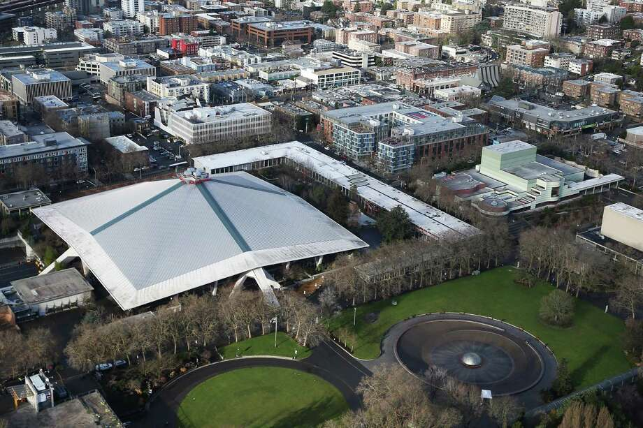 KeyArena could be up for a massive renovation if the city sees a viable proposal during its request for proposals, which opened Wednesday. Though the idea would be to renovate it to suit not only concerts and other shows, but an NBA or NHL team, there are conflicting ideas about whether it can be done. Photo: SEATTLEPI.COM / SEATTLEPI.COM