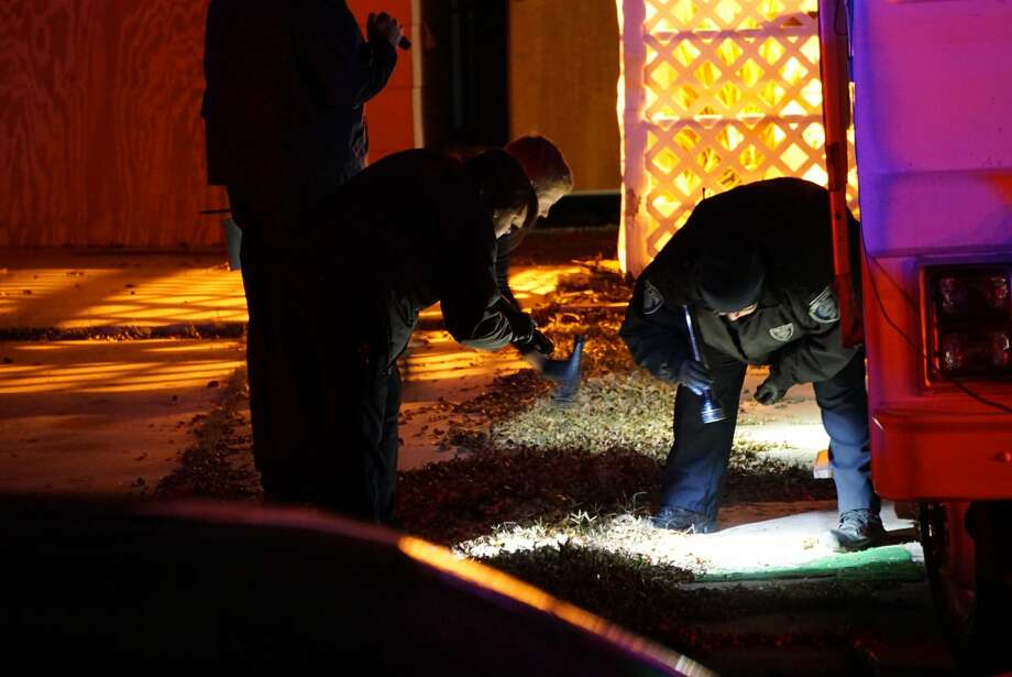 San Antonio Police are investigating a fatal shooting in the 400 block of Nash Boulevard.  Photo: Jacob Beltran
