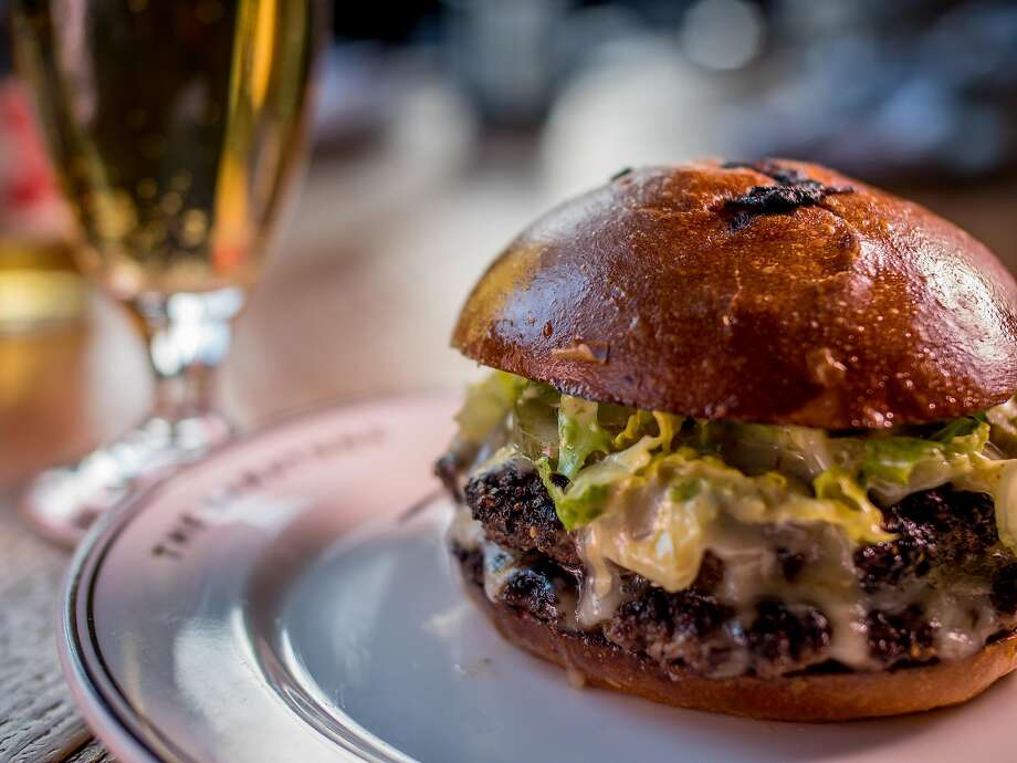 The Saratoga Burger at the Saratoga in San Francisco, Calif. is seen on December 31st, 2016. Photo: John Storey, Special To The Chronicle