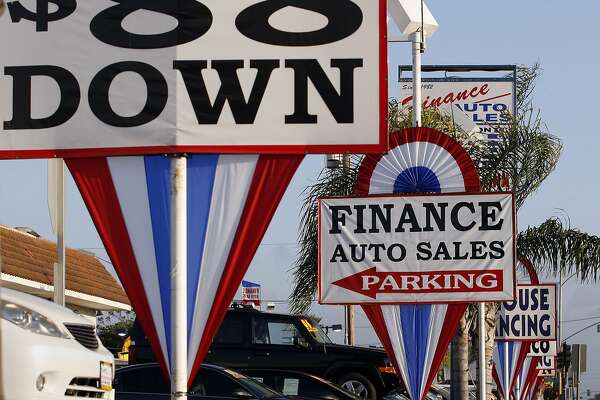 A used car lot in Hawthorne, Calif. (Gary Friedman/Los Angeles Times/TNS)