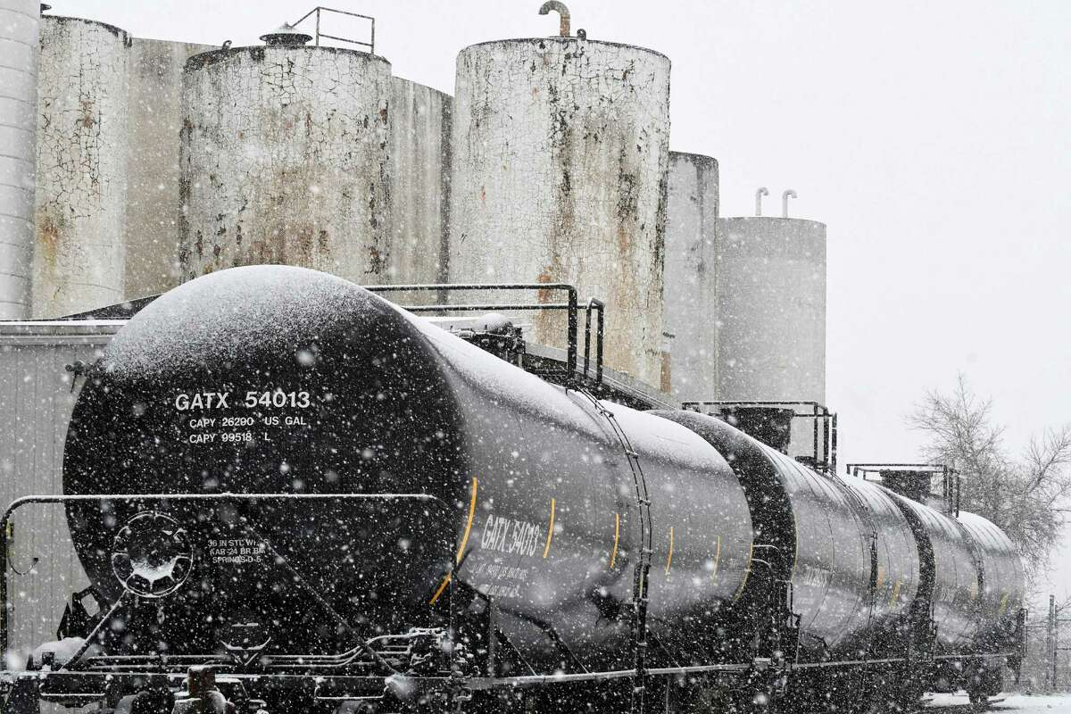 Oil train cars in the Port of Albany on Thursday Dec. 29, 2016 in Albany, N.Y. (Michael P. Farrell/Times Union)