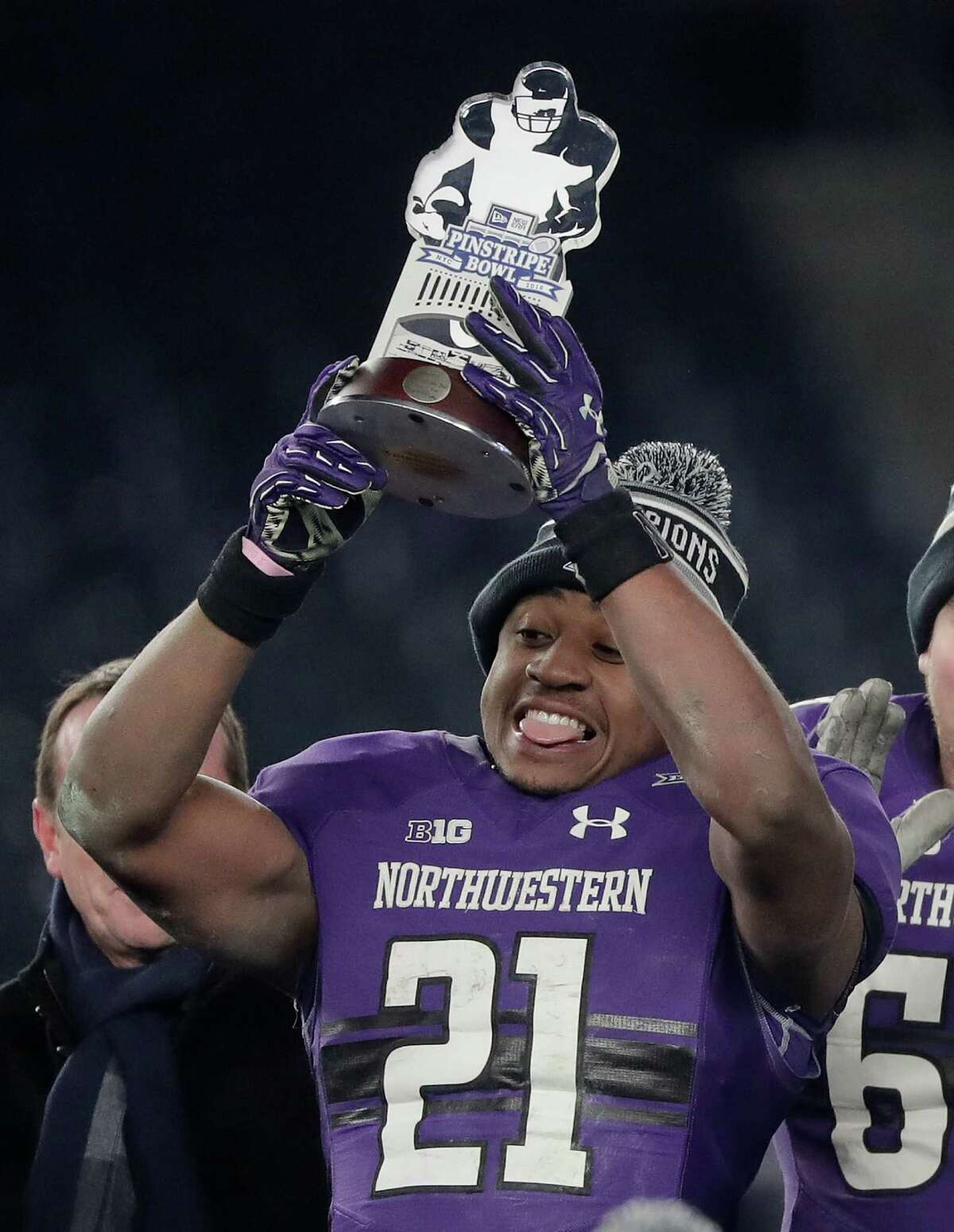 Big Ten (3-7) Biggest win: Northwestern's 31-24 win over Pittsburgh in the Pinstripe Bowl was its second bowl win since 1948. Biggest dud: There was not going to be any shame for Ohio State if it lost a competitive game to Clemson in the Fiesta Bowl. The Buckeyes, however, never had a chance in a 31-0 loss. It was the first time a team coached by Urban Meyer got shutout.
