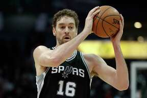San Antonio Spurs center Pau Gasol (16) looks for an ope pass in the first half of an NBA basketball game against the Atlanta Hawks Monday, Jan. 15, 2018, in Atlanta. (AP Photo/John Bazemore)