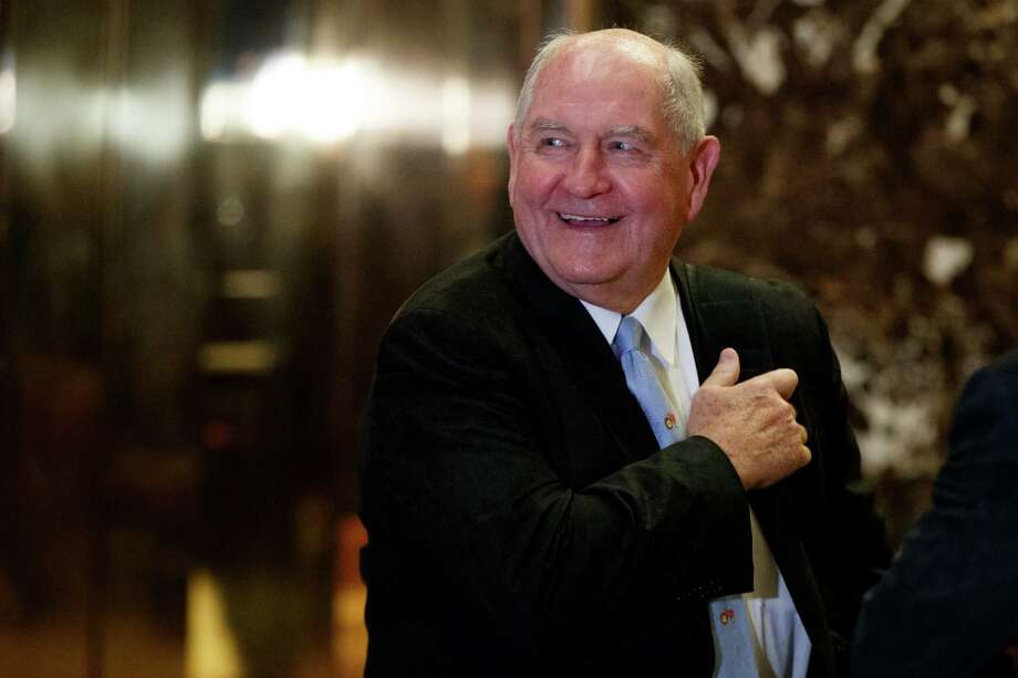 Former Georgia Gov. Sonny Perdue smiles as he waits for an elevator in the lobby of Trump Tower, Wednesday, Nov. 30, 2016, in New York. (AP Photo/Evan Vucci) Photo: Evan Vucci, STF / Copyright 2016 The Associated Press. All rights reserved.