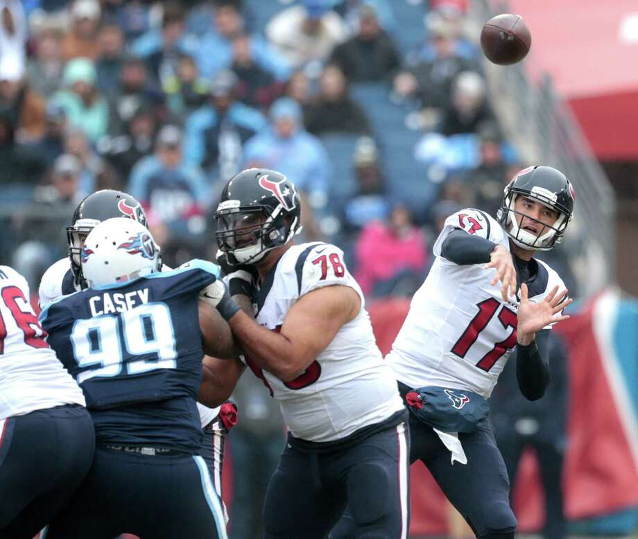Houston Texans quarterback Brock Osweiler (17) throws a pass against the Tennessee Titans during the second quarter of an NFL football game at Nissan Stadium on Sunday, Jan. 1, 2017, in Nashville. ( Brett Coomer / Houston Chronicle ) Photo: Brett Coomer, Staff / © 2017 Houston Chronicle