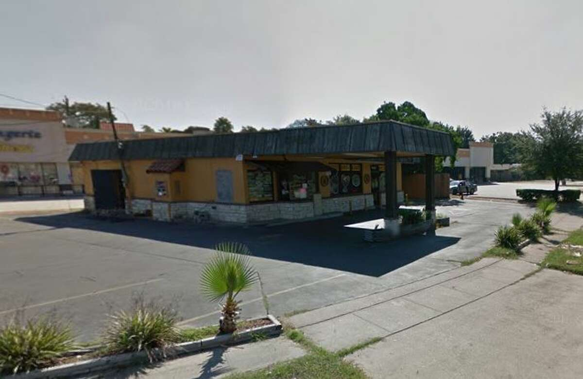 El Jalapeno Loco 9322 Fulton St., Houston, TX 77022 Demerits: 19 Inspection Highlights: Sausage, beef, and sauce not safe for human consumption. Condemn. Keep all potentially hazardous foods at 41 degrees F or below.