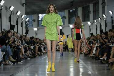 Pantone Picks Greenery As Color Of The Year Expressnews Com