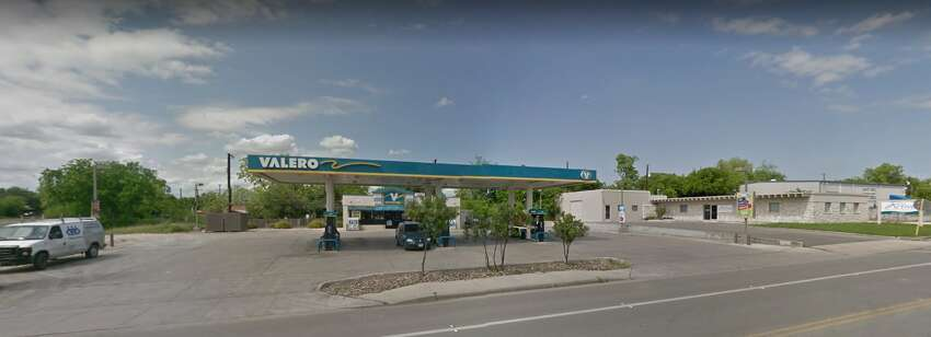 Valero Address: 1129 FresnoDate: May 11, May 21 Number of skimmers found: 3