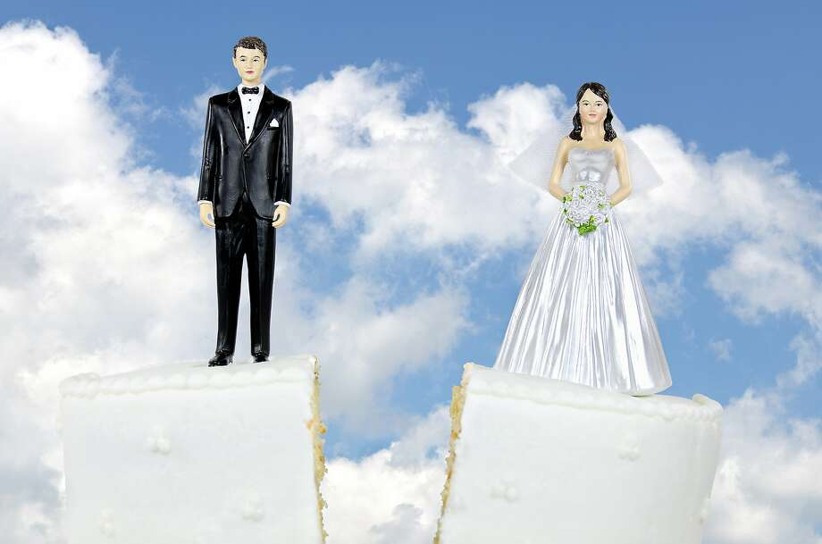 A study by the National Bureau of Economic Research suggests that Obamacare may have lowered divorce rates in the U.S.  Photo: Fotolia, 14ktgold - Fotolia