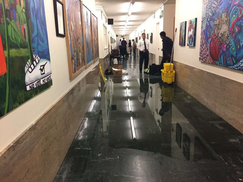 Sewage sloshes into SF prosecutors offices  SFGate