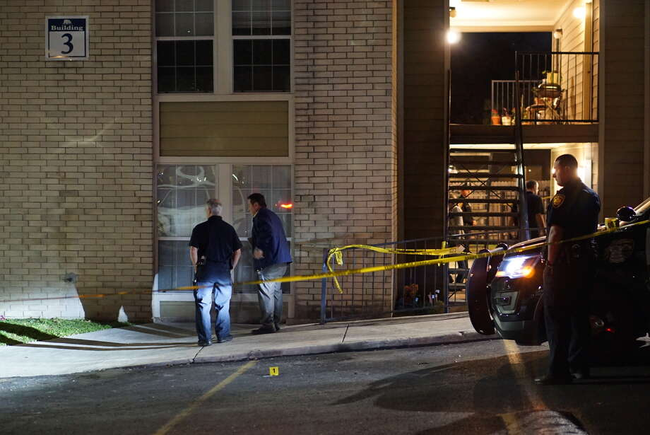 San Antonio Police Department Chief William McManus said one man, in his  30s, was fatally shot in the chest while running to his apartment at  about 6:30 p.m. at the Hilltop Oaks Apartments, 6130 Ingram Road. Photo: Jacob Beltran