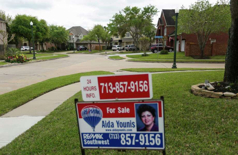 The Houston housing market has seen both home sales and prices rise for months, helped by inventory growth to a 3.8-month supply in March. Photo: Michael Ciaglo, Staff / © 2016  Houston Chronicle