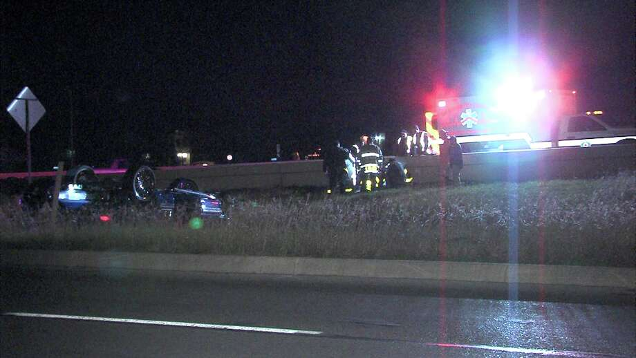 Three people were injured Jan. 3, 2017, in a rollover crash that occurred on Interstate 10 near Fresno in San Antonio. Photo: Ken Branca