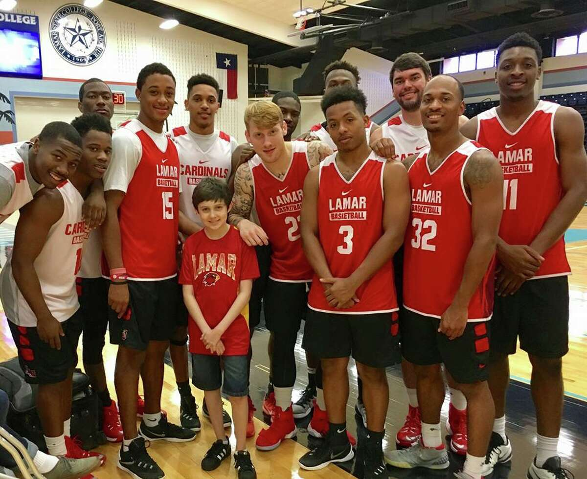 Mahlon Hardt, of Nederland, died Tuesday after a year-long battle with Acute Myeloid Leukemia. Hardt gained a lot of local support during his battle. Above is the Lamar men's basketball team including Hardt in one of their evening practices.