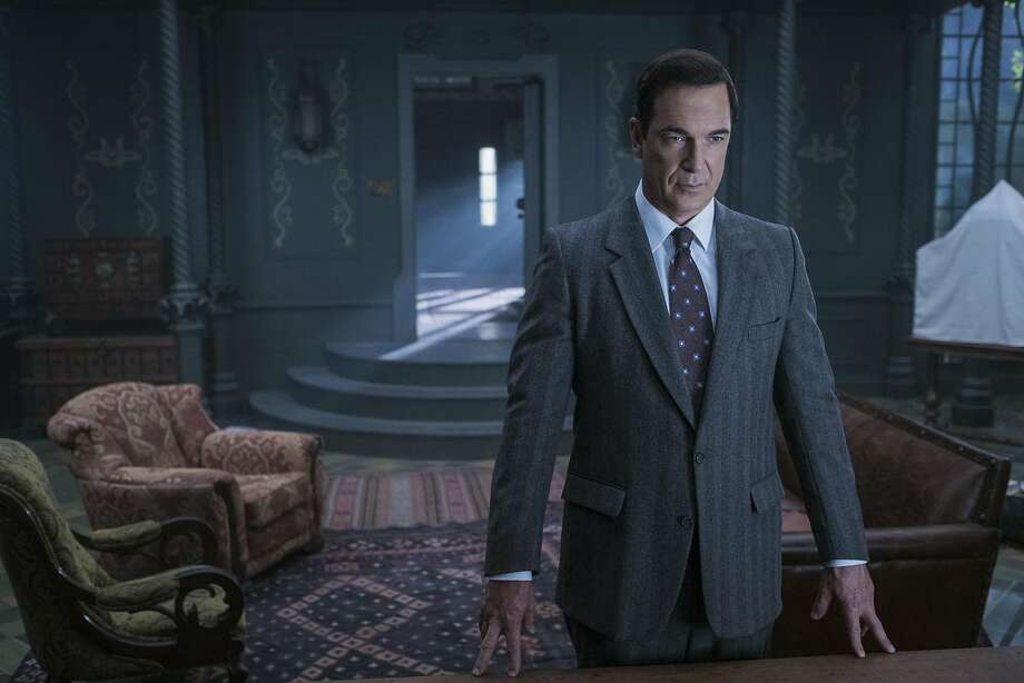 Patrick Warburton strikes the perfect amusingly dreary tone as narrator Lemony Snicket in Netflix's adaptation of 'A Series of Unfortunate Events.' Photo: Joe Lederer/Netflix, Netflix