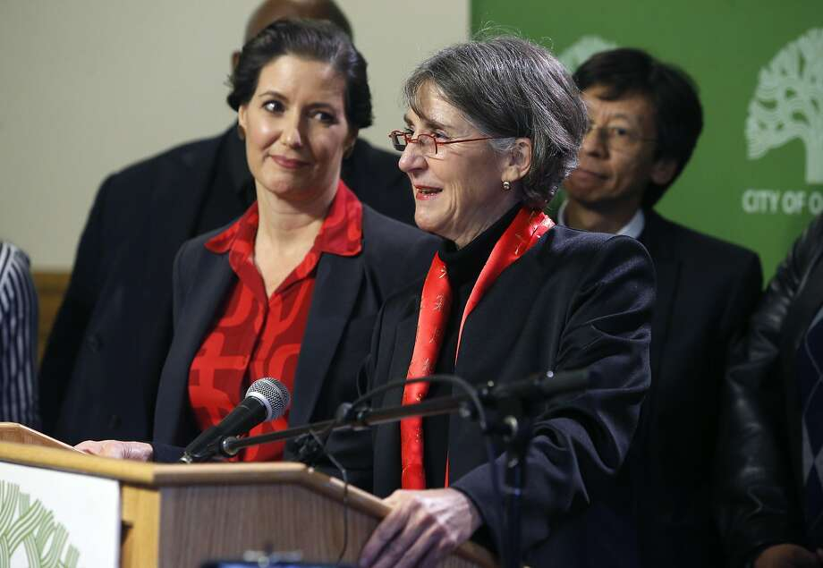 Mayor Libby Schaaf, left, introduced Anne Kirkpatrick at City Hall. fter Mayor Libby Schaaf names Kirkpatrick as the new Oakland police chief at a news conference in Oakland, Calif. on Wednesday, Jan. 4, 2017. Photo: Paul Chinn, The Chronicle