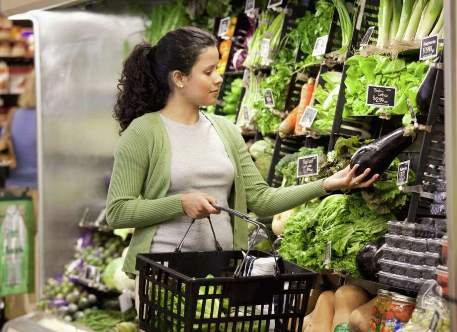 The Diabetes Education & Support Group at Griffin Hospital will host two free grocery store tours to help with healthy shopping on Tues., Jan. 10 at 2:30 p.m. and 6:30 p.m. at ShopRite in Derby. Photo courtesy of Griffin Hospital. Photo: Contributed / Contributed / Blend Images