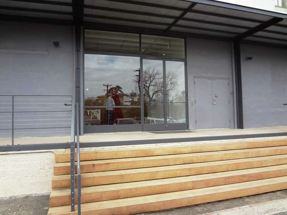 The new front entrance to Blue Star Contemporary. Photo: Steve Bennett / San Antonio Express-News
