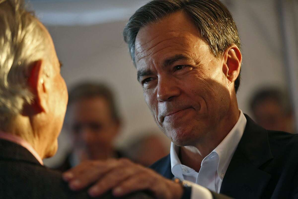 Joe Straus, Speaker of the Texas House of Representatives, talks with supporters at his campaign kickoff event at The Barn Door in San Antonio on Thursday, Jan. 21, 2015