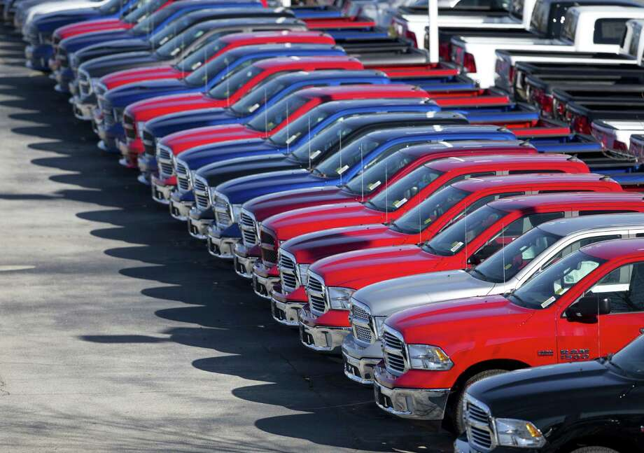The U.S. automotive industry has chalked up its seventh consecutive year of growth with a record 17.55 million vehicle sales in 2016. Photo: Associated Press /File Photo / AP