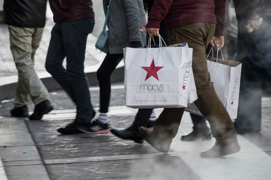 Retailers across the board reported some of the brightest holiday sales figures in years, according to Census data released Friday. Photo: David Paul Morris / © 2016 Bloomberg Finance LP